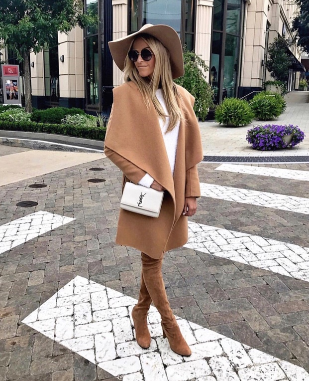 27+ Best Womens Coats To Steal From Fashion Bloggers: These coats for women will make you look like the ultimate fashionista. Have a look at the top styles, including fall coats for women, ladies winter coats, warm coats for women, stylish coats, for women and other coats jackets and cardigans. These casual coats for women include many different styles, for example this camel coat outfit. Image by ©MacyStucke #womenscoats #coatsforwomen #fallcoatsforwomen #fallcoats #camelcoat