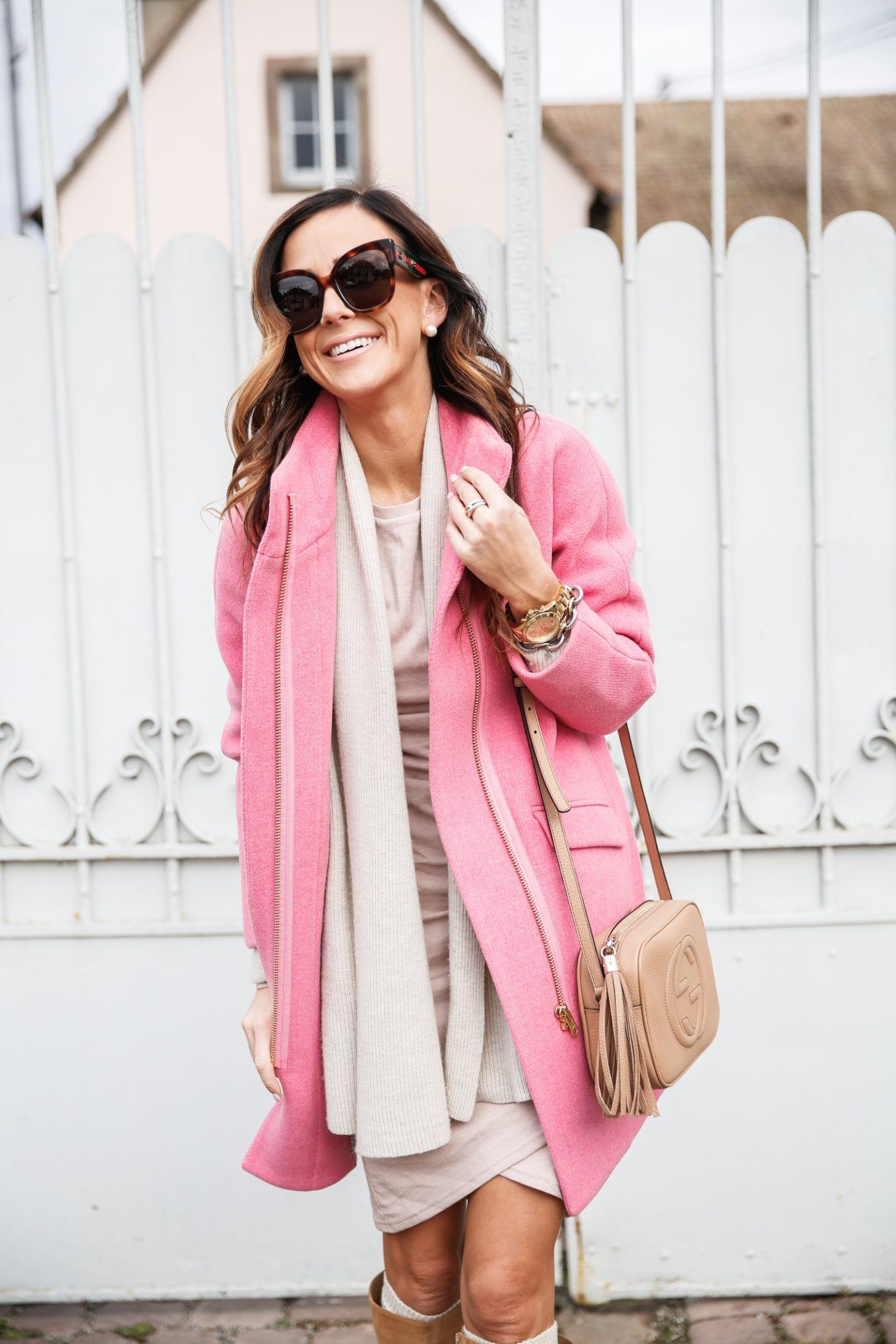 27+ Best Womens Coats To Steal From Fashion Bloggers: These coats for women will make you look like the ultimate fashionista. Have a look at the top styles, including fall coats for women, ladies winter coats, warm coats for women, stylish coats, for women and other coats jackets and cardigans. These casual coats for women include many different styles, for example this pink J.Crew Coat. Image by ©️Alyson_Haley #coat#coatsforwomen #fallcoats #pinkcoat #jcrewcoat