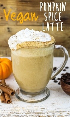 15 Mouth-Watering Keto Thanksgiving Recipes: Vegan Pumpkin Spice Latte. These keto thanksgiving sides, desserts, appetisers and dinner ideas are the perfect way to manage your weight during the festive season. Check out these low carb, sugar free, high fat and vegan ketogenic recipes and get inspired to cook better keto desserts Image © Vegan Huggs. #ketothanksgivingrecipes #ketogenic #ketorecipes #lowcarb #ketodessert #vegan #pumpkinspicelatte #veganpumpkinspicelatte
