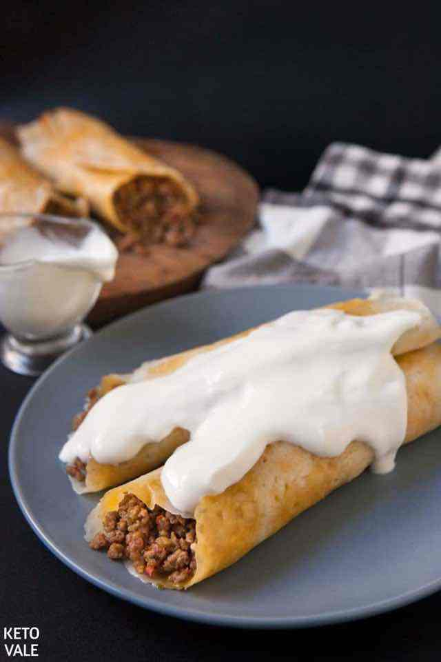 30 Best Keto Snacks For Weight Loss: Low Carb Mexican Beef Taquitos. These delicious & healthy keto snacks help you maintain ketosis and won't break your ketogenic diet. If you're looking for quick and easy keto diet snacks to have on the go, check these keto recipes out. You can also enjoy these snacks as low carb meals or keto appetizers. Either way, there are plenty of savoury and sweet keto snacks ideas to choose from! #ketosnacks #ketorecipes #ketodiet #ketogenic